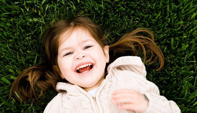 Ny undersøkelse: Å skape varige endringer i språkferdigheter hos enspråklige barn- er det mulig?